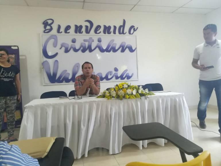 Bibliotecas nacionales: Escritor colombiano, visita Biblioteca en San Juan Nepomuceno, Bolívar