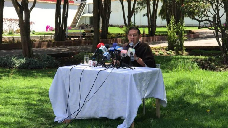 Asignaré buses escolares a riesgo de que me suspendan: Gobernador de Boyacá: Asignaré buses escolares a riesgo de que me suspendan: Gobernador de Boyacá