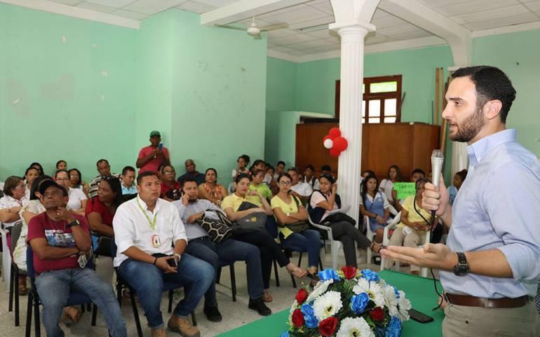 Institución educativa Fernandez Baena: Recomiendan traslado inmediato del colegio Fernández Baena en Cartagena