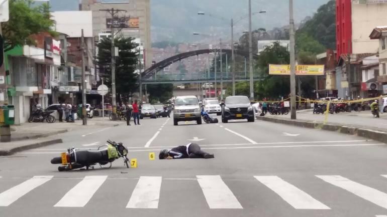 Dos fleteros muertos en intento de atraco en Medellín