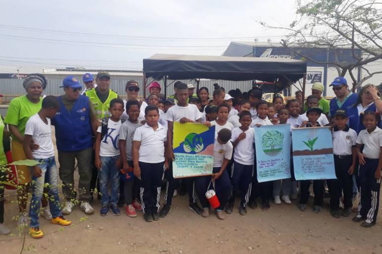 Policía metropolitana de Cartagena, Día de la tierra: Policía de Cartagena realiza actividades infantiles por el Día de la Tierra