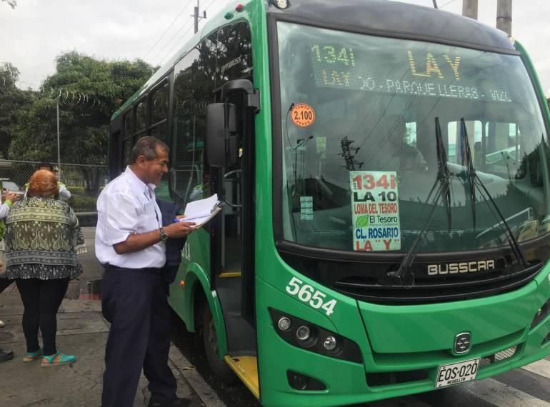 Comuna, 13, servicio, buses: En la Comuna Trece se normalizó el servicio de buses