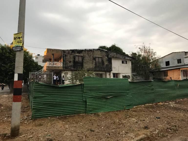 Vecinos del edificio colapsado en Cartagena exigen atención de autoridades: Vecinos del edificio colapsado en Cartagena exigen atención de autoridades
