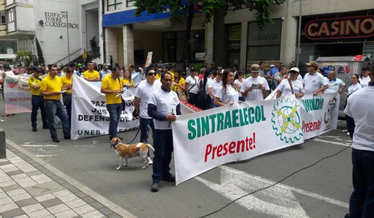 Día del Trabajo: Trabajadores de Armenia marcharon contra la corrupción