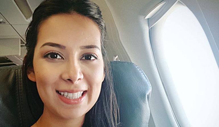 Diputada de Santander teme por su vida y se va del país: Por amenazas de muerte, la diputada Angela Hernández se va de Colombia