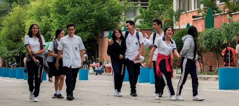 Buscarán más de mil 500 estudiantes desertados en Bucaramanga