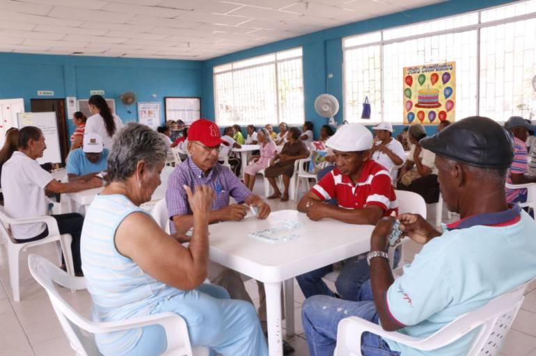 Adultos mayores Cartagena: Se da inicio en Cartagena a pagos de subsidios a adultos mayores