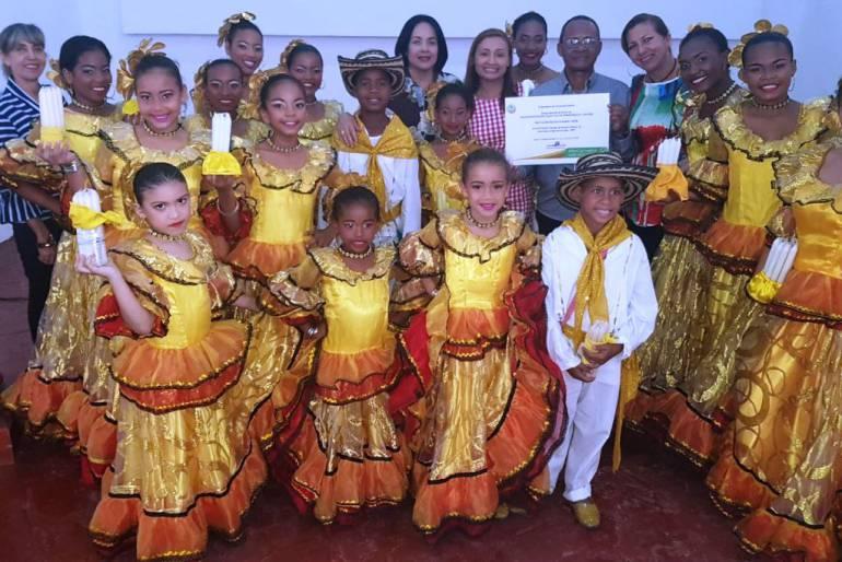 Fiestas de Independencia Cartagena: Fiestas de Independencia Cartagena 2017, hace entrega de premios al folclor