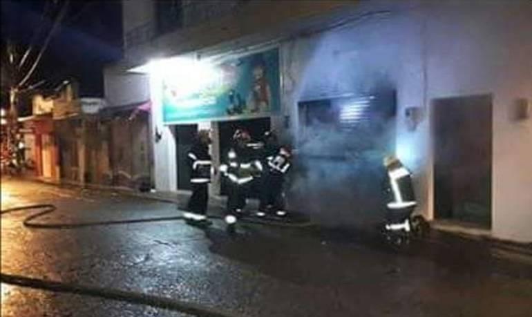 Cuatro personas muertas por explosión en local comercial de Caucasia