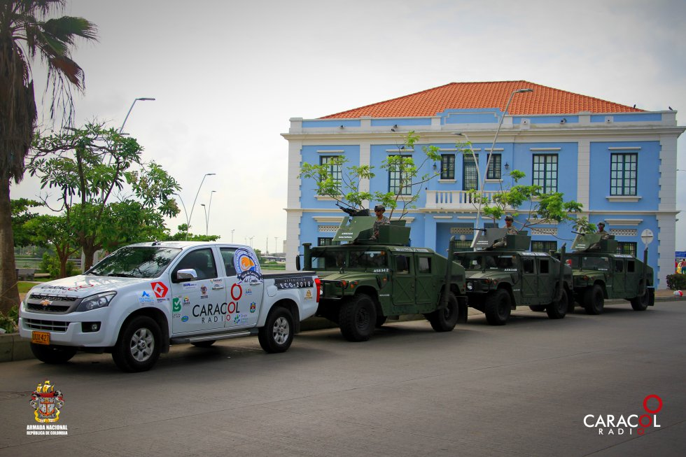 La caravana de Caracol Radio y la Armada Nacional en la Intendencia Fluvial