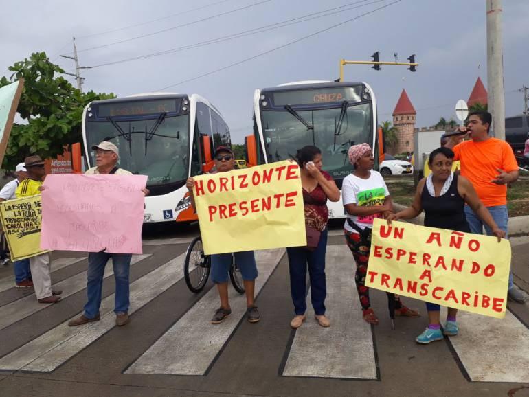 Trnascaribe Cartagena: Bloqueos en sur de Cartagena para exigir inclusión del servicio Transcaribe