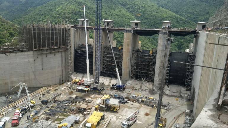 Continúa la emergencia en un tramo de las obras de Hidroituango