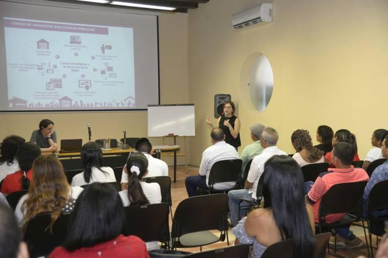 Bibliotecas Cartagena: Biblioteca Nacional de Colombia capacita bibliotecarios de Cartagena