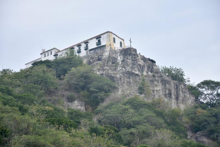 La tala indiscriminada sigue en la parte alta del cerro en los últimos meses.