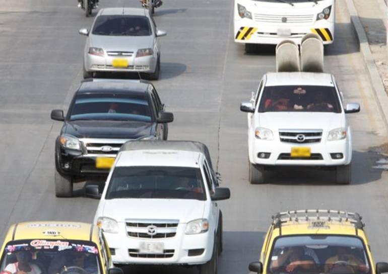 Controles a carros con placas alteradas o ilegiblesen Cartagena: Controles a carros con placas alteradas o ilegiblesen Cartagena
