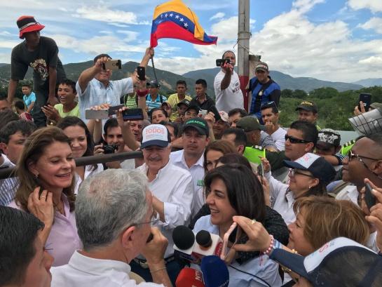 María Corina se reunió con Pastrana y Uribe en la frontera