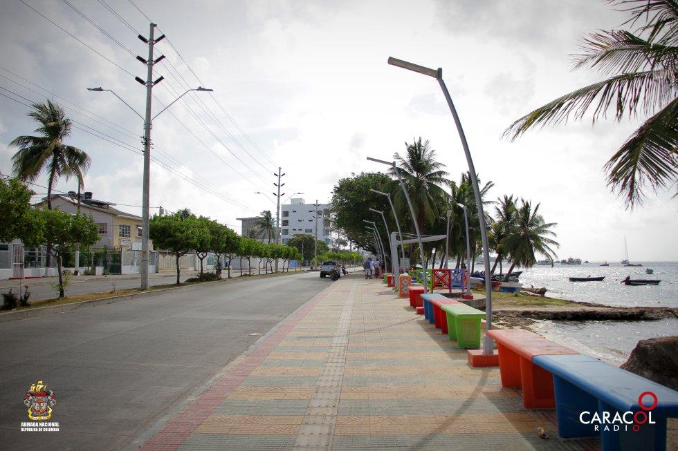 El Malecón de San Andrés es un buen lugar para poder ver el mar de siete colores.