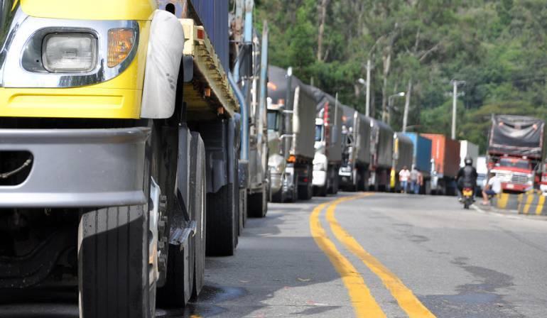 Por restricción a vehículos de carga subirían precios de alimentos