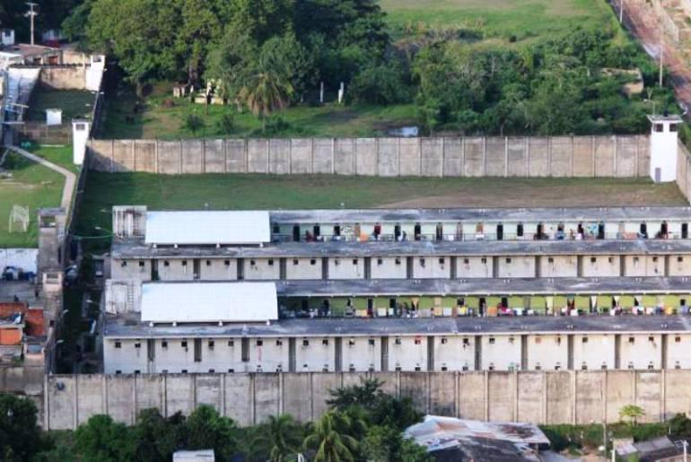 Cárcel de Ternera de Cartagena amenaza con venirse abajo: Personero: Cárcel de Ternera de Cartagena amenaza con venirse abajo: Personero