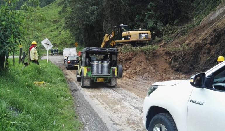 Deslizamiento de tierra en la vía Manizales - Fresno