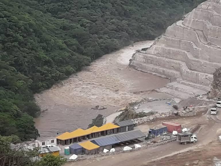 Puentes peatonales destruidos por el Cauca serían reinstalados este mes