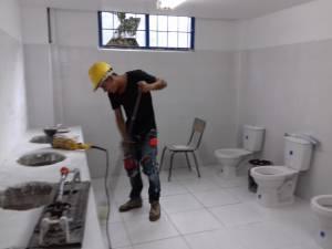 Nuevas baterias sanitarias colegio Las Colinas de la capital del Quindío
