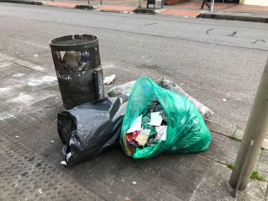 Basura Acumulada en Bogotá: Siguen las quejas por basura acumulada en Bogotá