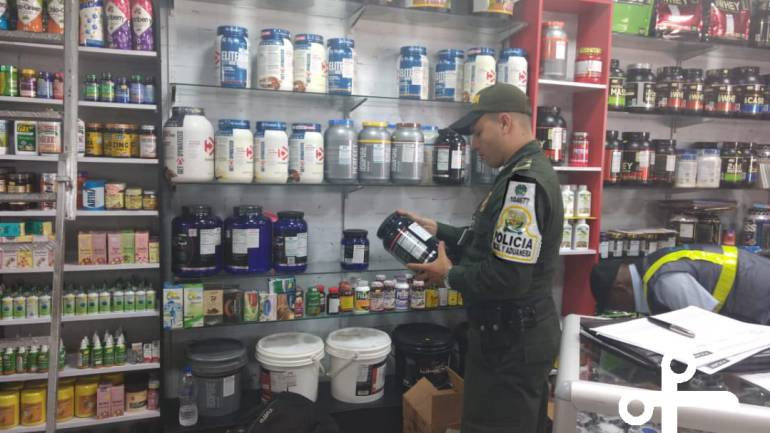INVIMA MEDICAMENTOS FALSOS SALUD PELIGRO MUERTE BUCARAMANGA: Incautan más de 52 mil medicamentos adulterados en Bucaramanga