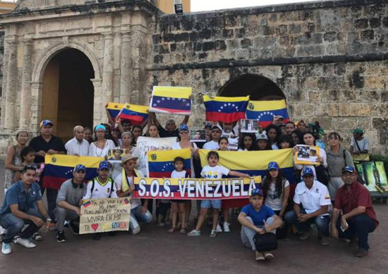 Venezolanos en Cartagena realizarán firmatón contra elecciones: Venezolanos en Cartagena realizarán firmatón contra elecciones