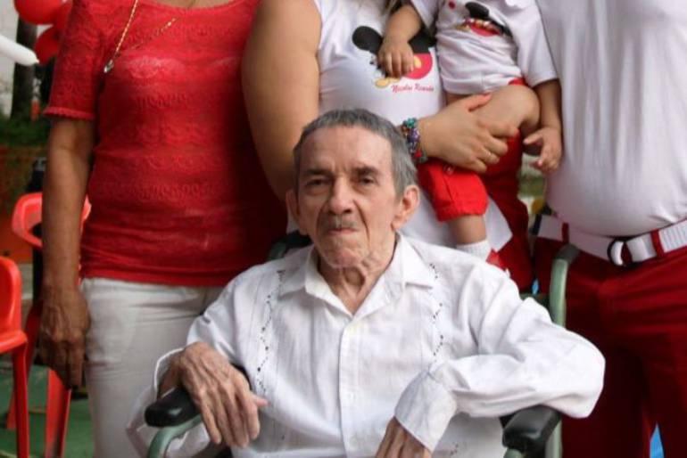Falleció en Cartagena el hermano de Gabo, Hernando García Márquez: Falleció en Cartagena el hermano de Gabo, Hernando García Márquez