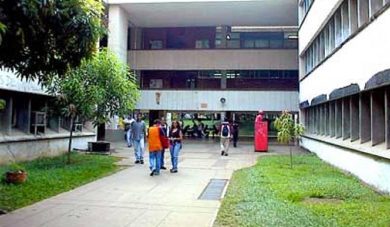 Melquiades: Vuelve la carpa de Melquiades a la Universidad del Valle