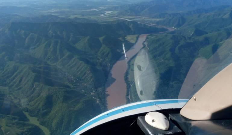 Monitoreo a fuentes hidricas de tolima: FAC sobrevuela fuentes hídricas del Tolima
