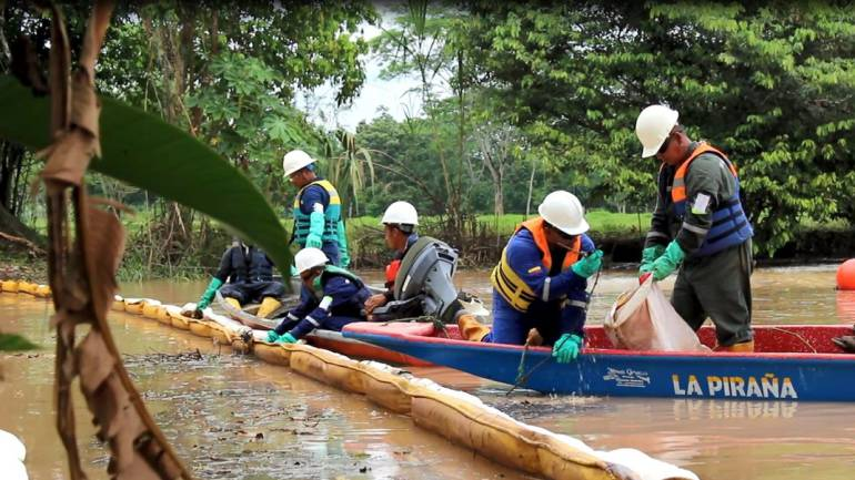 petroleo barrancabermeja crudo pozo 158: Abren investigación a presidente de Ecopetrol por emergencia en la Lisama