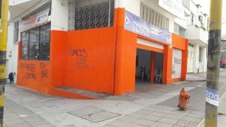 Denuncian ataque a la sede del candidato presidencial Duque en Bucaramanga: Denuncian ataque a sede de Duque en Bucaramanga