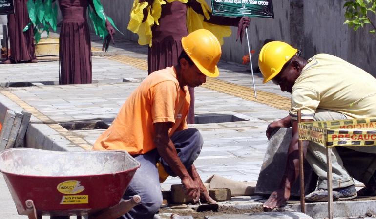 Denuncia de abuso laboral: Empresa de Renovación Urbana niega denuncias de abuso laboral