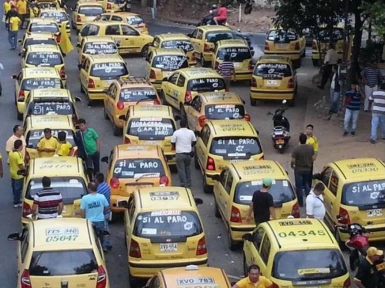 PARO TAXISTAS MOVILIDAD PIRATERÍA BUCARAMANGA: Este martes habrá paro de taxistas