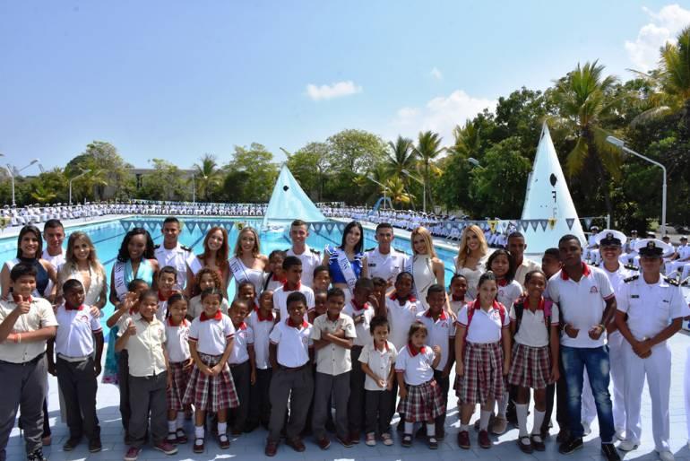 Candidatas a Miss Mundo Colombia en la Escuela Naval de Cadetes: Candidatas a Miss Mundo Colombia en la Escuela Naval de Cadetes