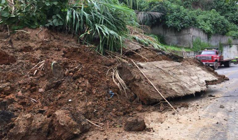temporada de lluvias: Ordenan cierre de vías al sur de Ibagué por el invierno