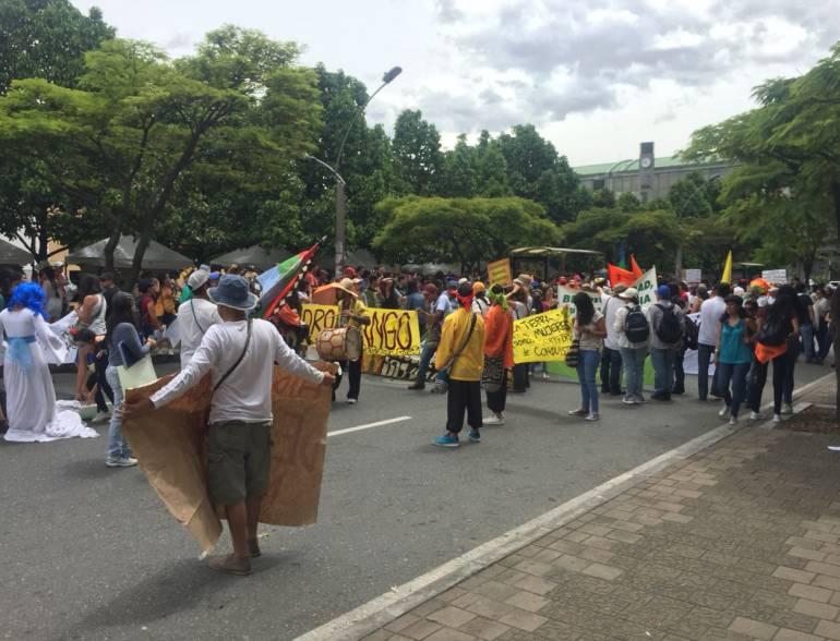 Comunidad indígena y pesqueros de Antioquia protestaron por Hidroituango