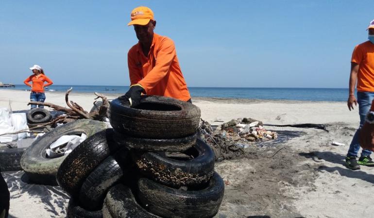 Basura playas en Santa Marta: Sacan 38.6 toneladas de basura de las playas de Santa Marta