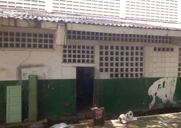 SOS en el colegio INEM de Cartagena, por malas condiciones físicas: SOS en el colegio INEM de Cartagena, por malas condiciones físicas