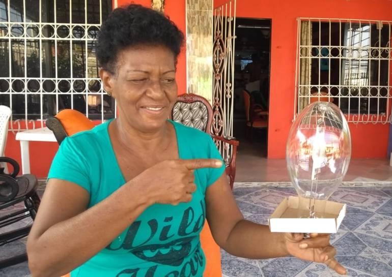 Comunidad de Cartagena pide ayuda para cambiar alumbrado público por LED: Comunidad de Cartagena pide ayuda para cambiar alumbrado público por LED