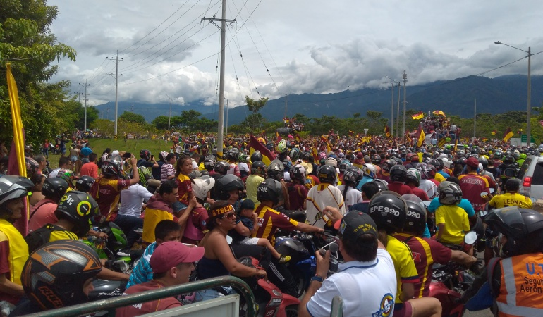 Caravana de recibimiento al Deportes Tolima