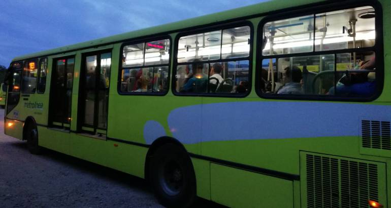 metrolinea dia sin carro bucaramanga moto rutas operaciones: Metrolínea operará normal este miércoles día sin carro
