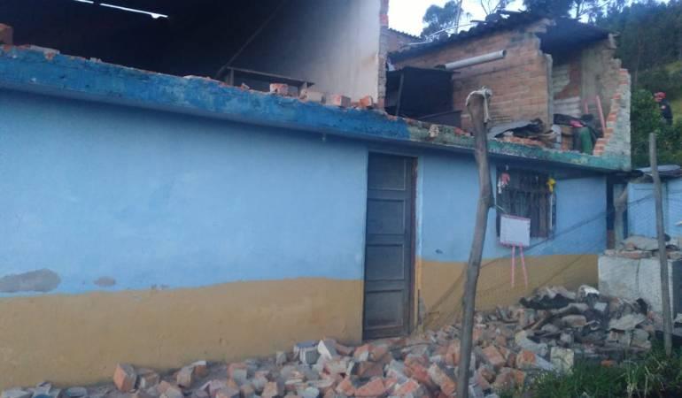 Daños provocados por sismo en Pasto