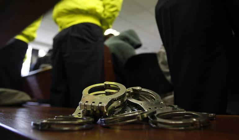 """crimen organizado: Cayó banda """"Los Aceiteros"""" reutilizaban lubricantes de carros"""