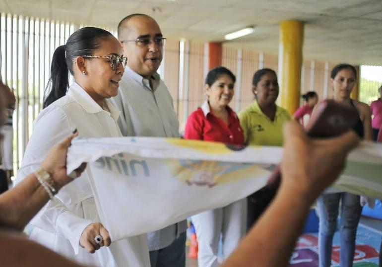 Salud, Cartagena, atención médica: Más de 250 niños reciben atención médica en barrio de Cartagena