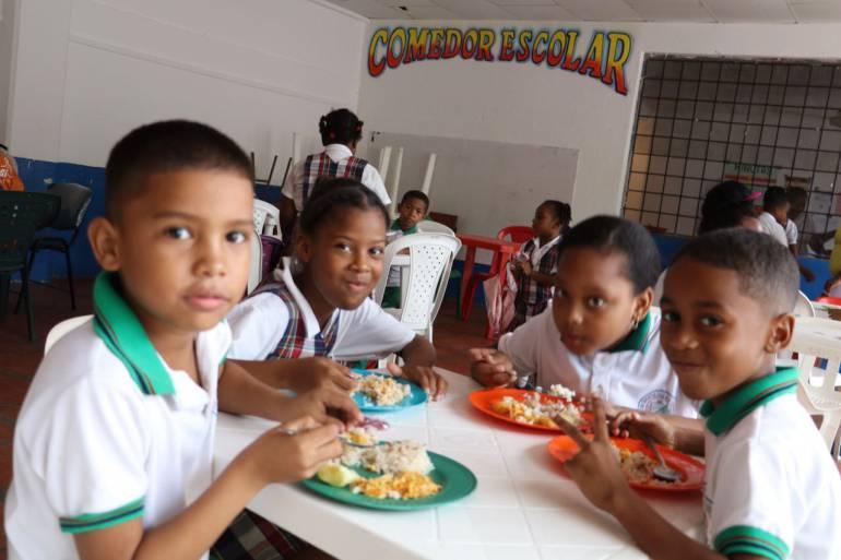 Abren indagación a funcionarios en Cartagena por licitación del PAE
