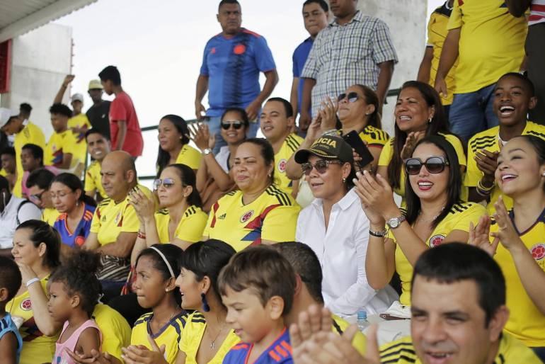 Zona Suroriental de Cartagena se gozó inauguración del Mundial: Zona Suroriental de Cartagena se gozó inauguración del Mundial