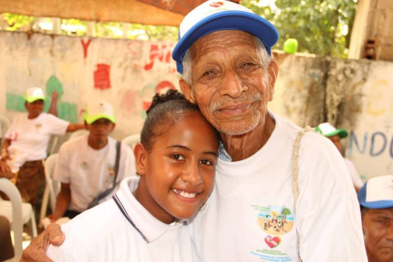 Encuentro generacional de niños y adultos mayores en Cartagena: Encuentro generacional de niños y adultos mayores en Cartagena